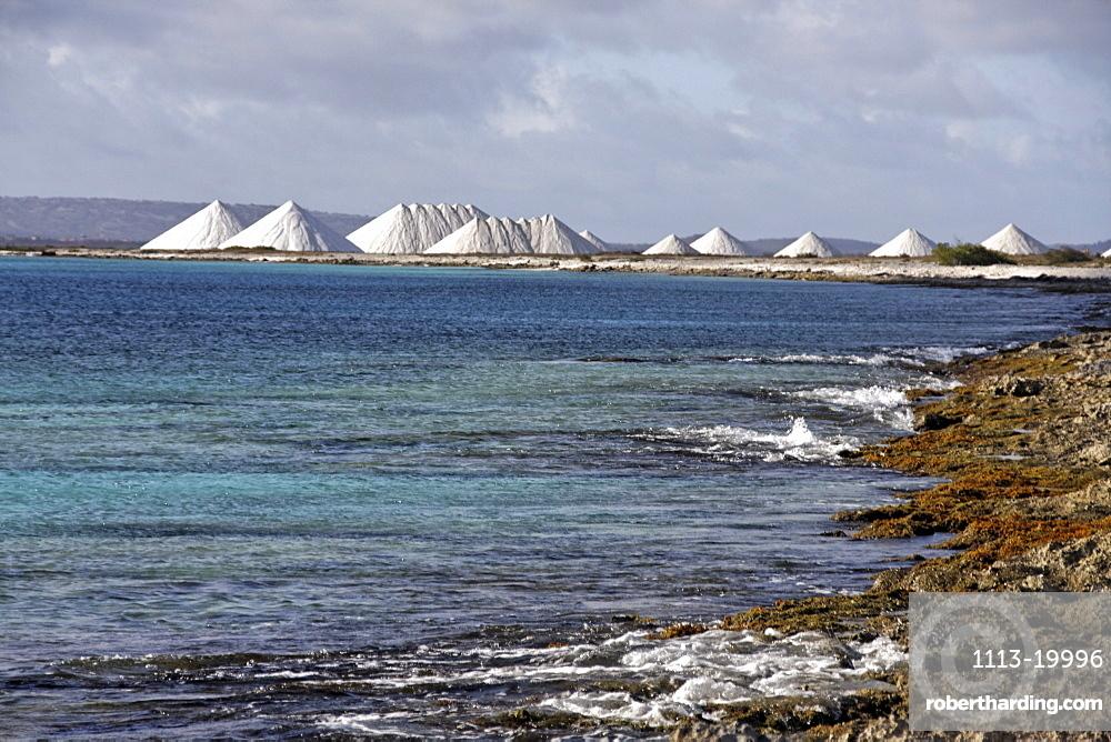 West Indies, Bonaire, Salt pans, Sea salt mine of Pekelmeer