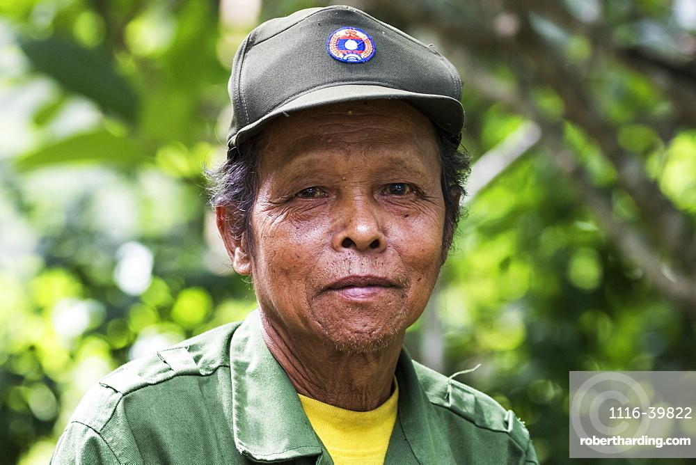Portrait of senior Lao man, Tad Lo, Bolaven Plateau, Champasak, Laos