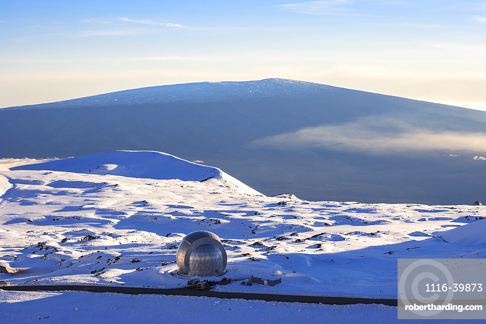 Decommissioned Caltech Submillimeter Observatory atop Mauna Kea with view to Mauna Loa, Island of Hawaii, Hawaii, United States of America