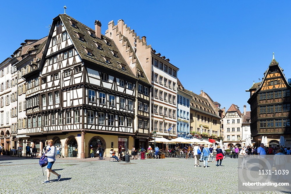 Cathedral plaza, Strasbourg, Alsace, Bas-Rhin Department, France, Europe