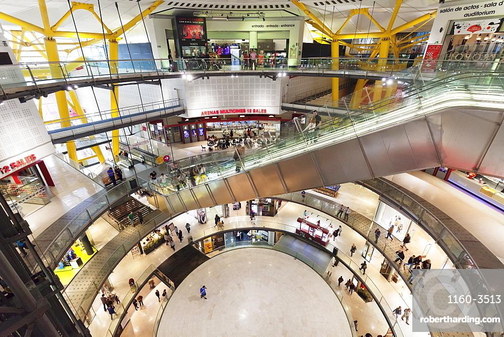 Las Arenas shopping center (Plaza de toros de las Arenas), Placa d'Espanya (Placa de Espana), Barcelona, Catalonia, Spain, Europe