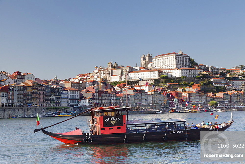 Rabelos boat, Ribeira District, UNESCO World Heritage Site, Se Cathedral, Palace of the Bishop, Porto (Oporto), Portugal, Europe