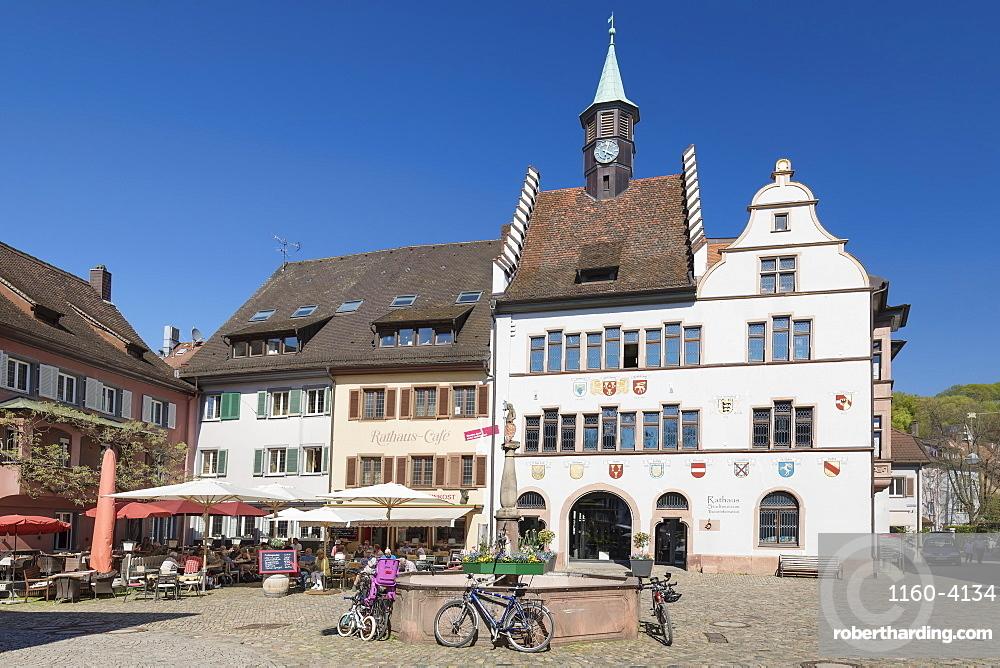 Twonhall and marketplace, Staufen im Breisgau, Black Forest, Baden-Wuerttemberg, Germany