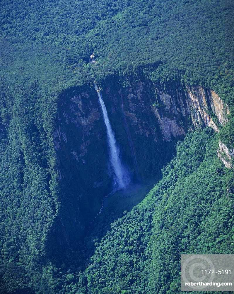 Guiana Highlands Auyantepui