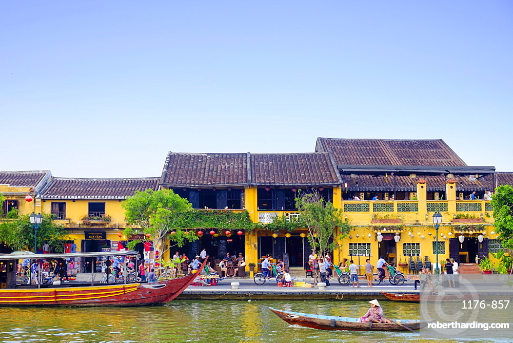 Houses and the river in the historic centre of Hoi An, UNESCO World Heritage Site, Quang Nam, Vietnam, Indochina, Southeast Asia, Asia