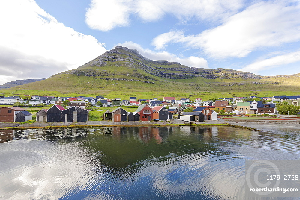 The village of Leirvik between ocean and mountains, Eysturoy Island, Faroe Islands, Denmark, Europe