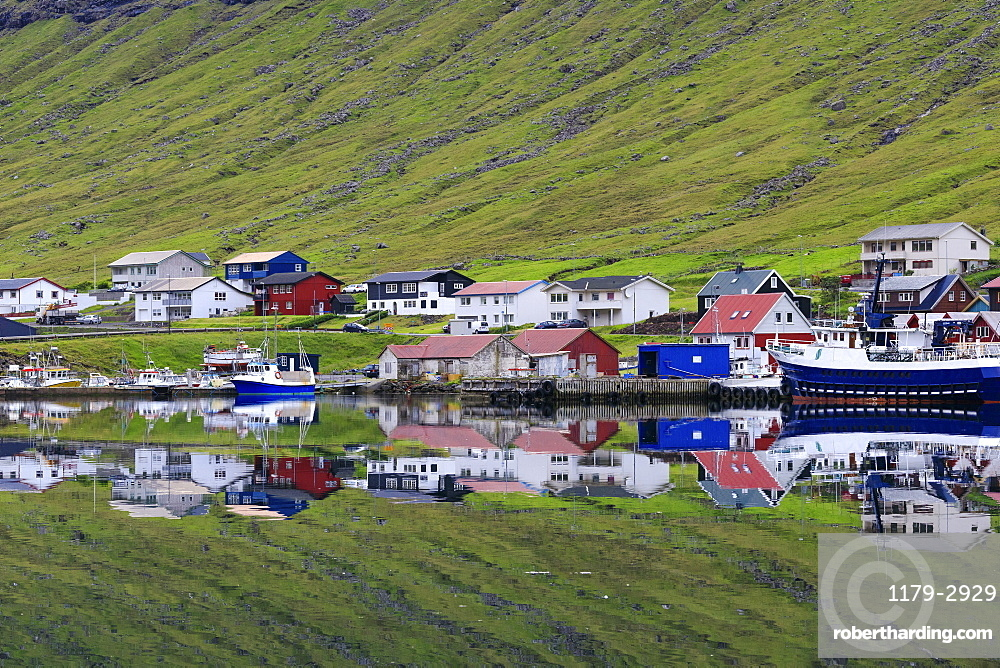 Village of Hvannasund, Vidoy Island, Faroe Islands, Denmark, Europe
