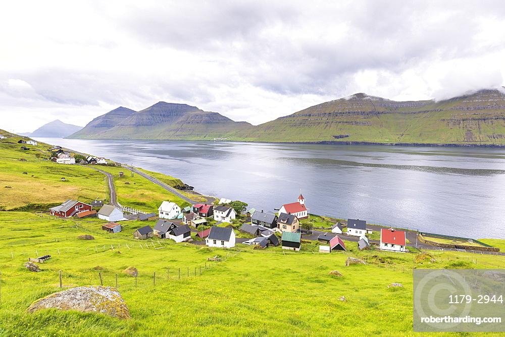 Village by the sea, Kunoy Island, Nordoyar, Faroe Islands, Denmark, Europe