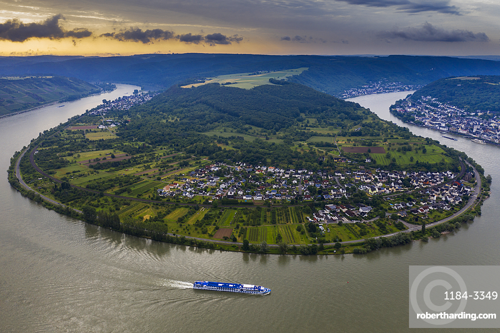 View from the Gedeonseck down to the Rhine bend, Unesco world heritage sight Midle Rhine valley, Germany