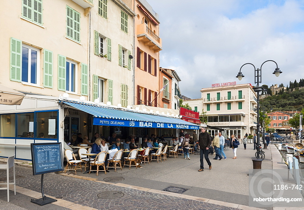 Cafe Cassis, Bouches du Rhone France