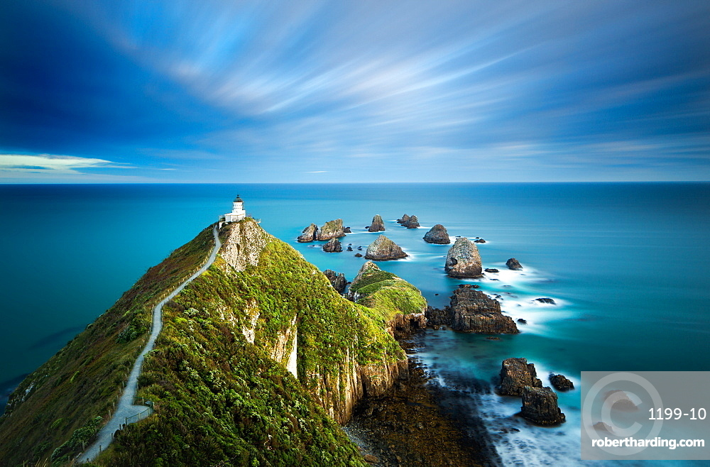 Nugget Point Lighthouse, Nugget Point, Otago, South Island, New Zealand, Pacific