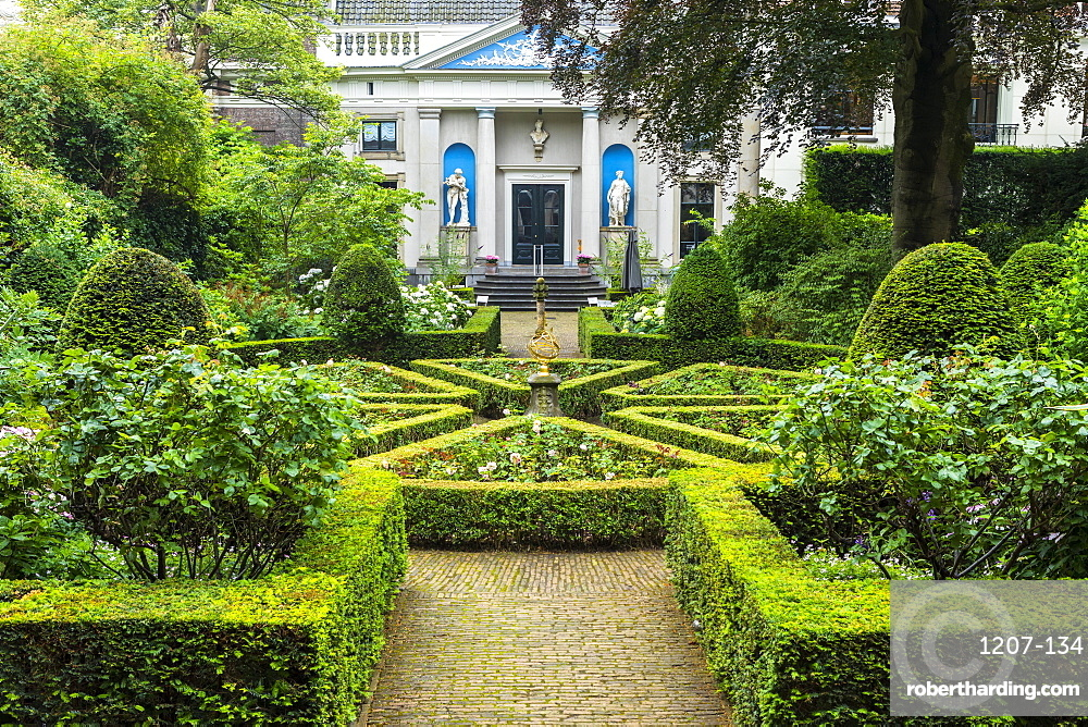 Gardens of Museum Van Loon by Keizersgracht canal, Amsterdam, Netherlands