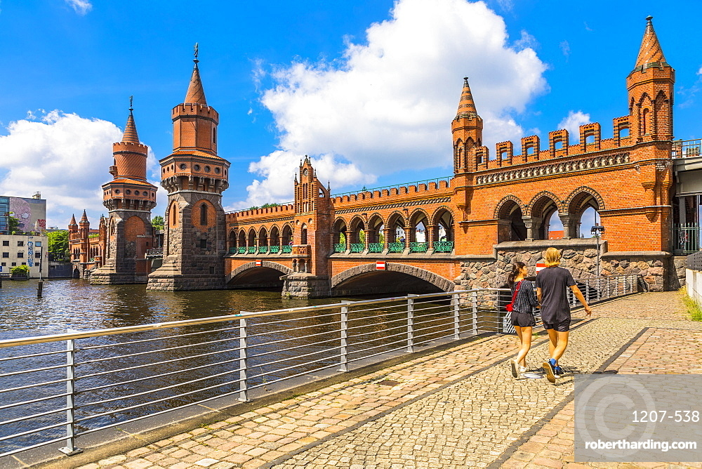 Oberbaum Bridge, Berlin, Germany, Europe