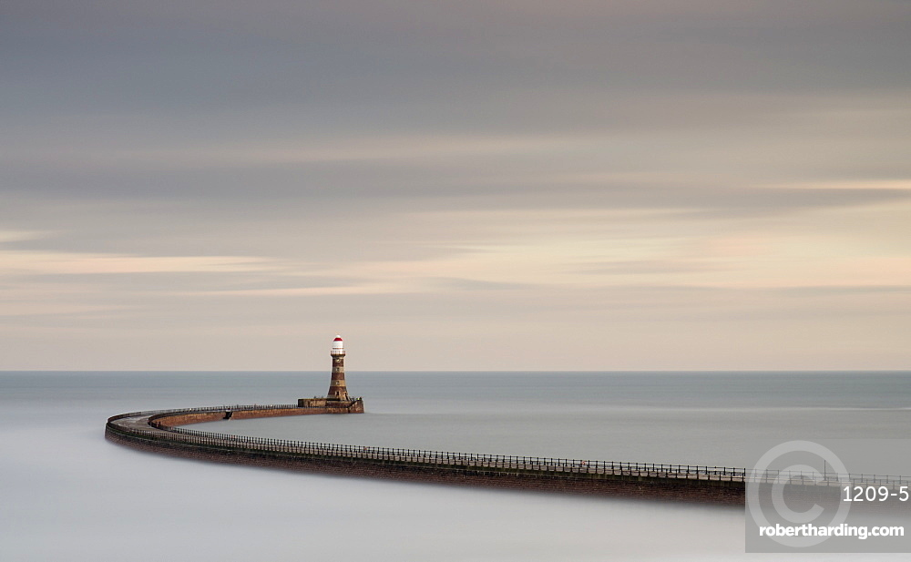 Roker Pier, Roker, Sunderland, England, United Kingdom, Europe
