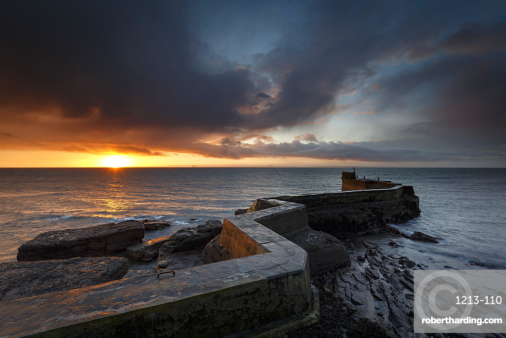 The Blocks (aka ZigZag) breakwater at sunrise at the harbour of St. Monans in Fife, East Neuk, Scotland, United Kingdom, Europe