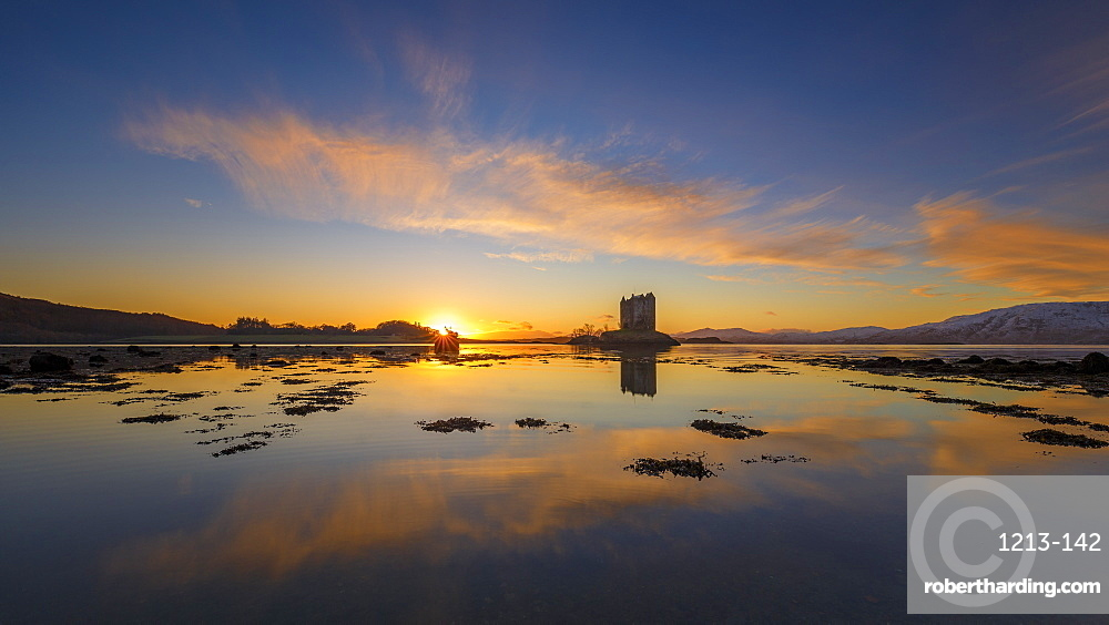 Sunset at Castle Stalker, a keep on its own island in Loch Linnhe, Argyll, Scottish Highlands, Scotland, United Kingdom, Europe