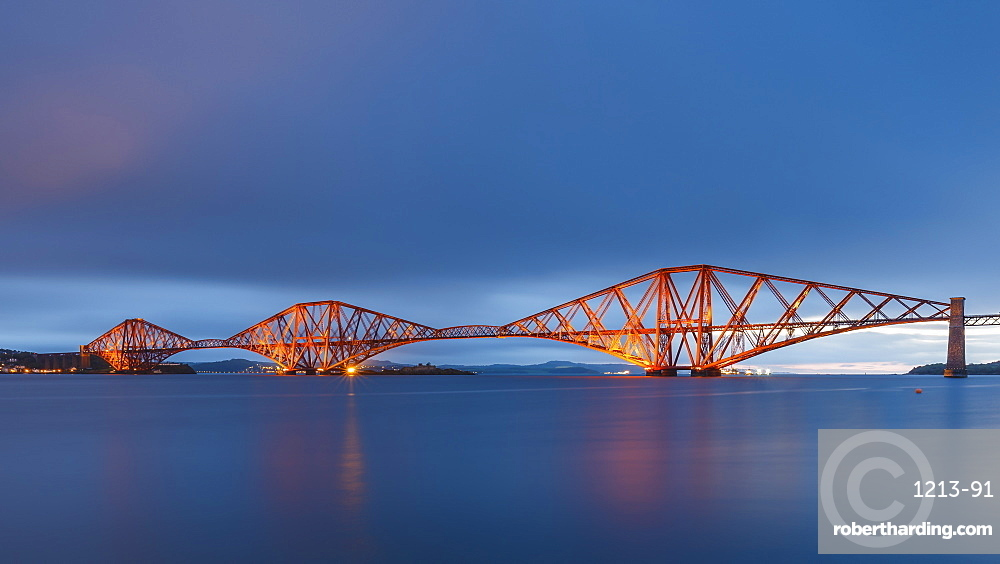 The Forth Rail Bridge on the Firth of Forth at dawn, UNESCO World Heritage Site, South Queensferry, Edinburgh, Lothian, Scotland, United Kingdom, Europe
