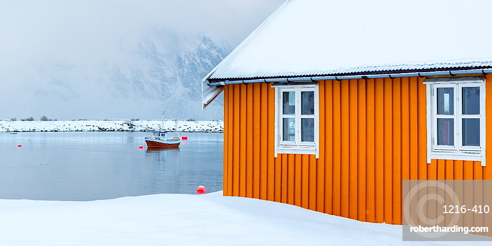 Rorbuer hut and fisherman's boat, Lofoten islands, Nordland, Arctic, Norway, Europe