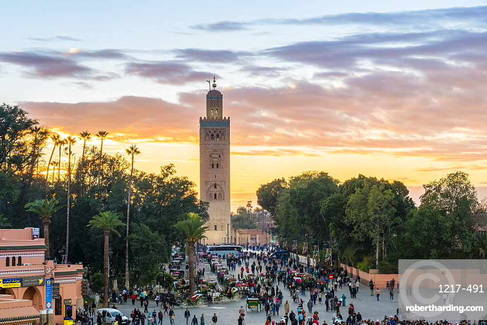 Minaret of the Koutoubia Mosque at sunset, from Jmaa El-Fna square, Marrakesh, Morocco, North Africa, Africa