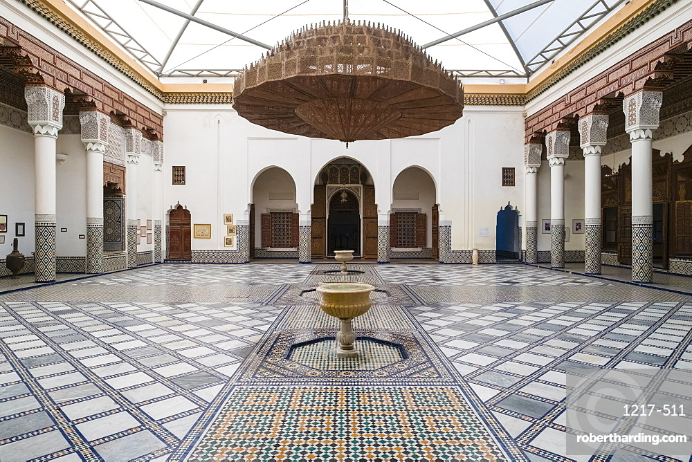 Marrakech Museum, housed in the 19th century Dar Menebhi Palace, Marrakesh, Morocco, North Africa, Africa