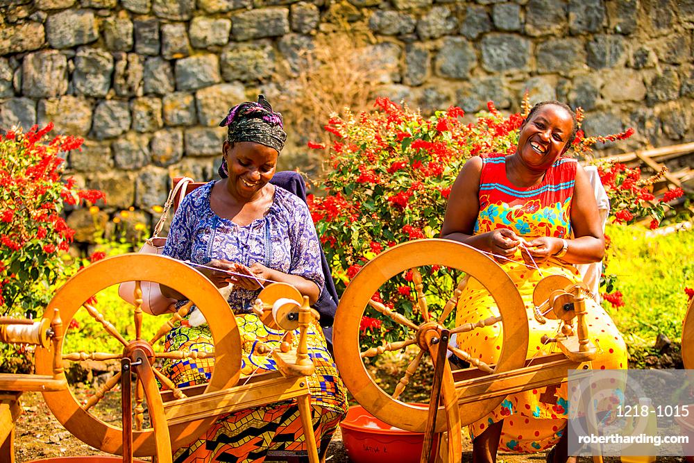Women Weavers in Handspun Hope NGO, Volcanoes National Park, Rwanda, Africa