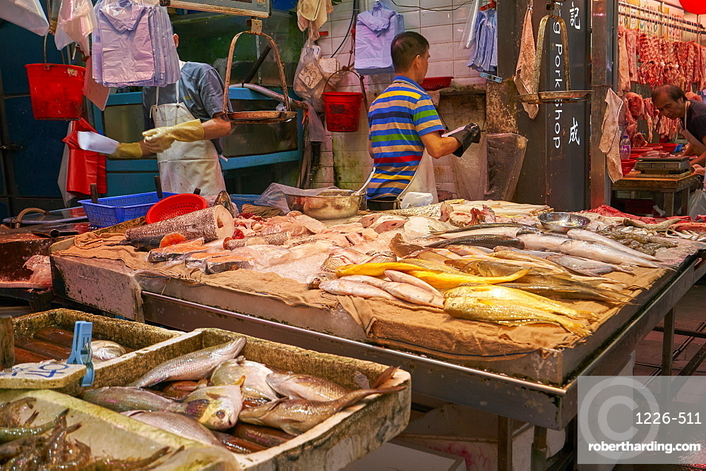 Wet fish and seafood shop, Hong Kong, China, Asia