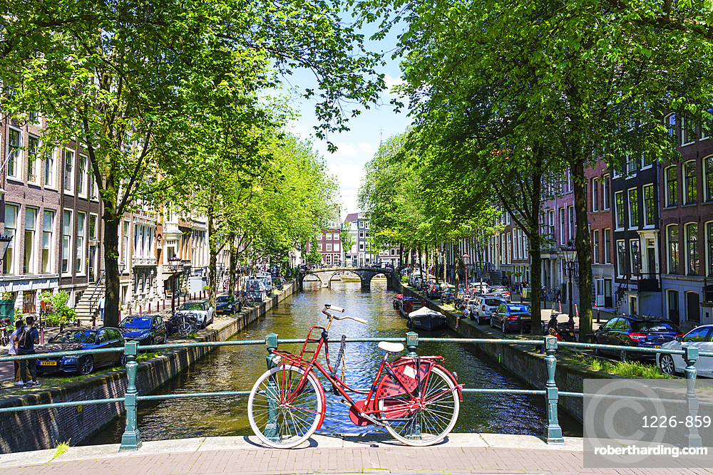 Bicycle on a bridge, Leidsegracht canal, Amsterdam, North Holland, The Netherlands, Europe