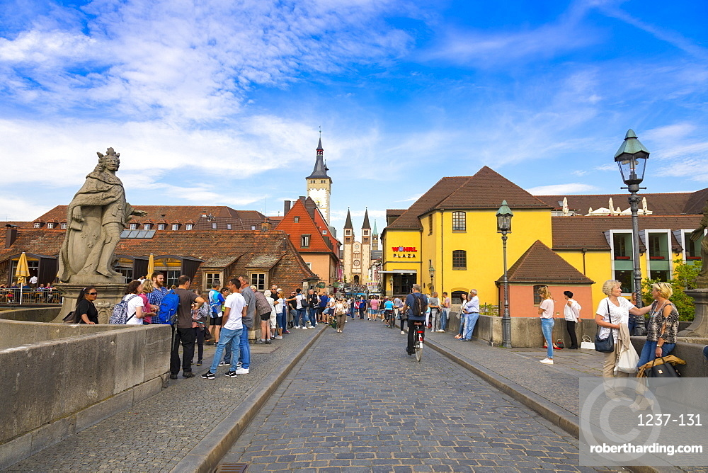 Old Bridge, Townhall and cathedral, Wurzburg, Franconia, Bavaria, Germany, Europe