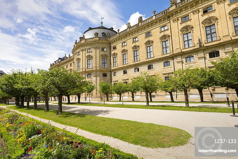The Residence Palace, Hofgarten Park, UNESCO World Heritage Site, Wurzburg, Franconia, Bavaria, Germany, Europe