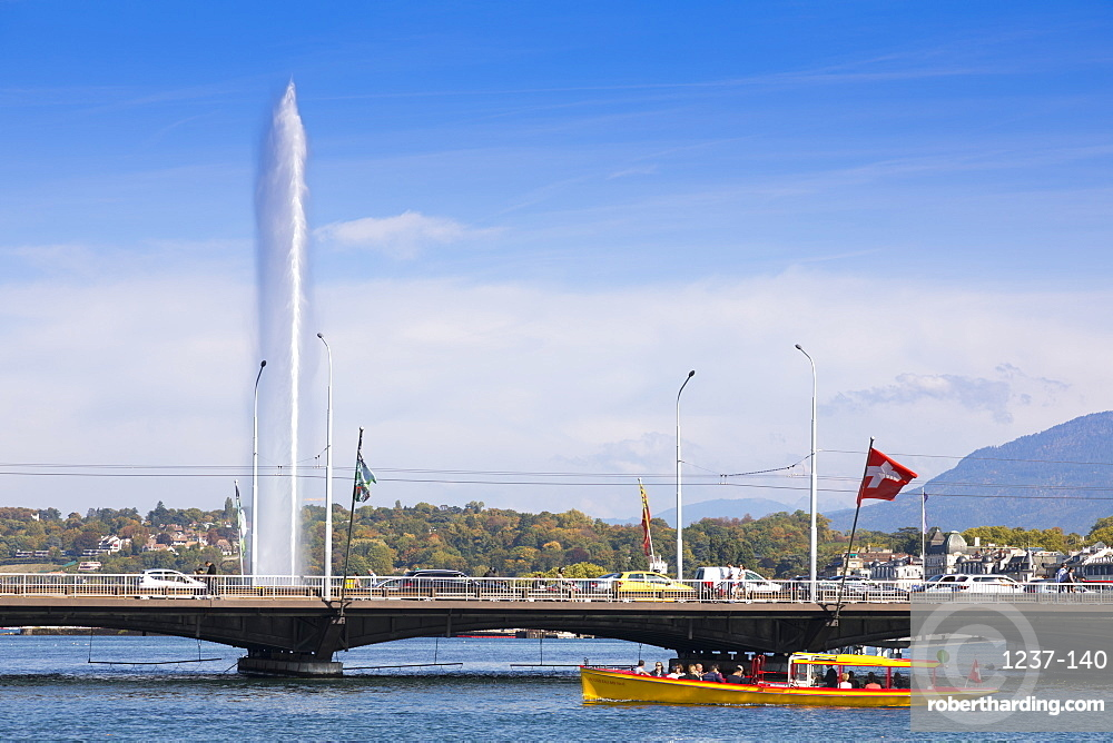 Jet d'Eau fountain and water taxi, Geneva, Switzerland, Europe
