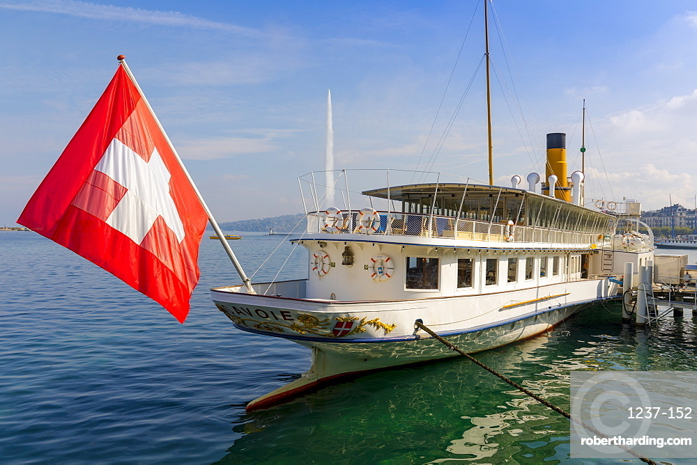 Savoie Paddle Steamer and Jet d'Eau fountain in background, Geneva, Switzerland, Europe