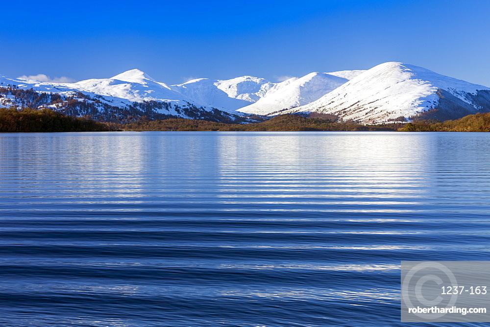 Waves and mountains, Loch Lomond, Scotland, United Kingdom, Europe