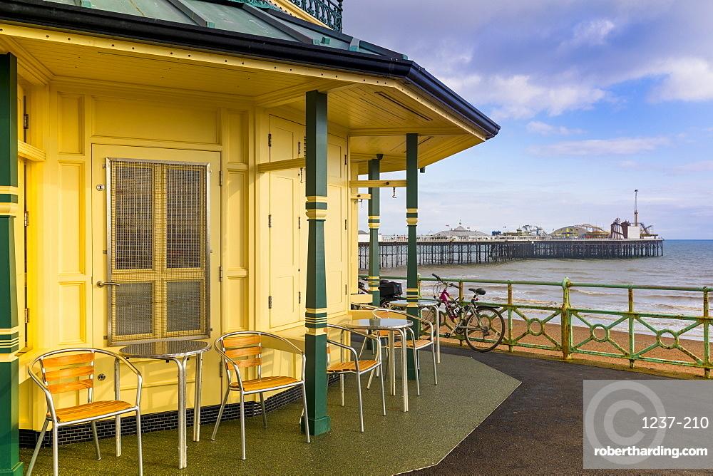 Kiosk and Brighton Palace Pier (Brighton Pier), Brighton, East Sussex, England, United Kingdom, Europe