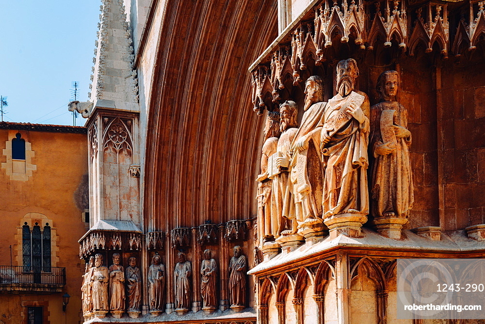 Tarragona Cathedral, 12th-century Romansque and Gothic architectural style, Tarragona, Catalonia, Spain, Europe