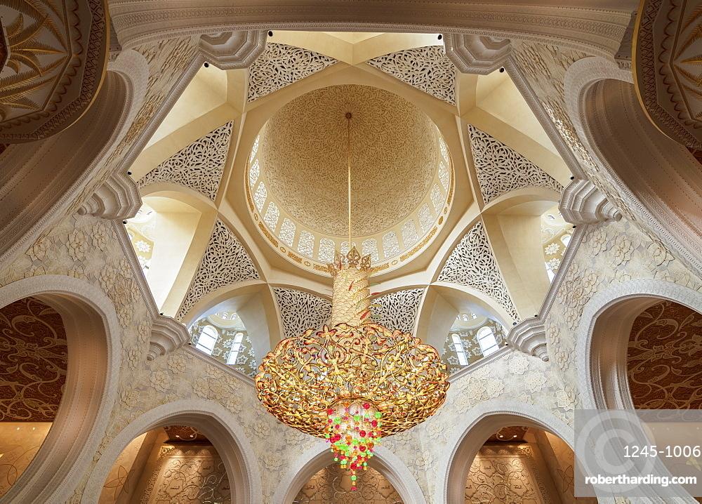 Sheikh Zayed bin Sultan Al Nahyan Grand Mosque, interior, Abu Dhabi, United Arab Emirates, Middle East