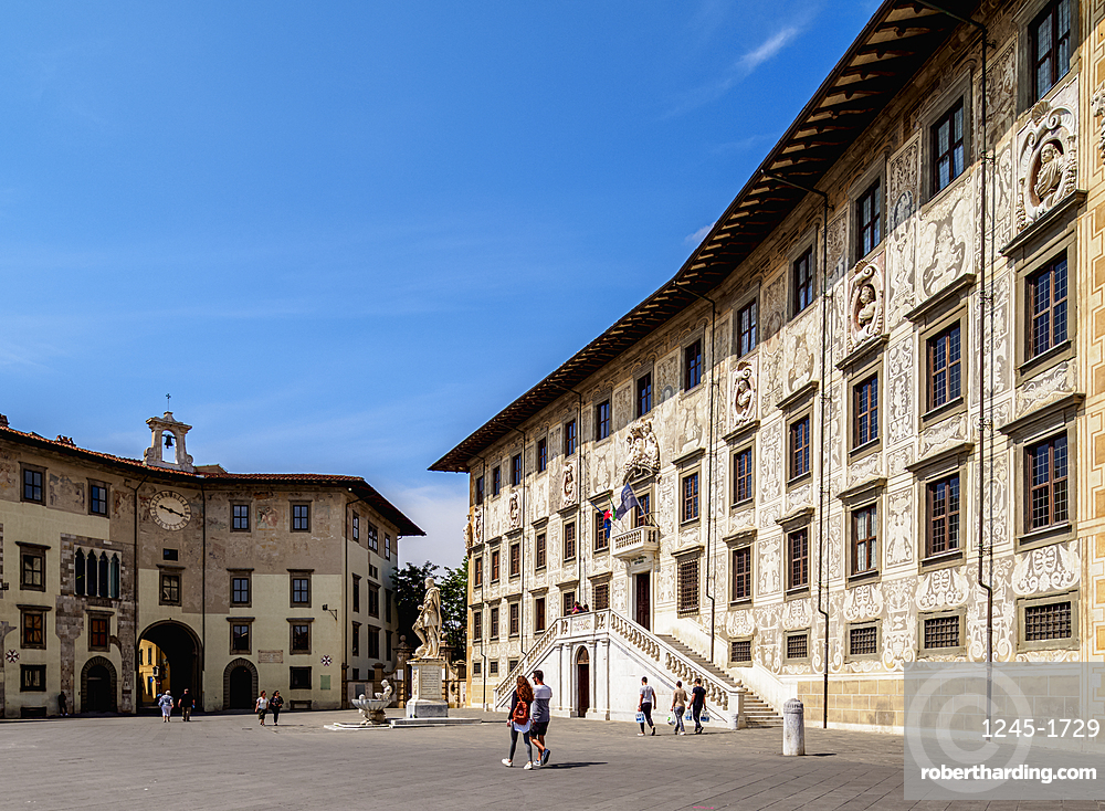 Palazzo della Carovana, Piazza dei Cavalieri, Knights' Square, Pisa, Tuscany, Italy