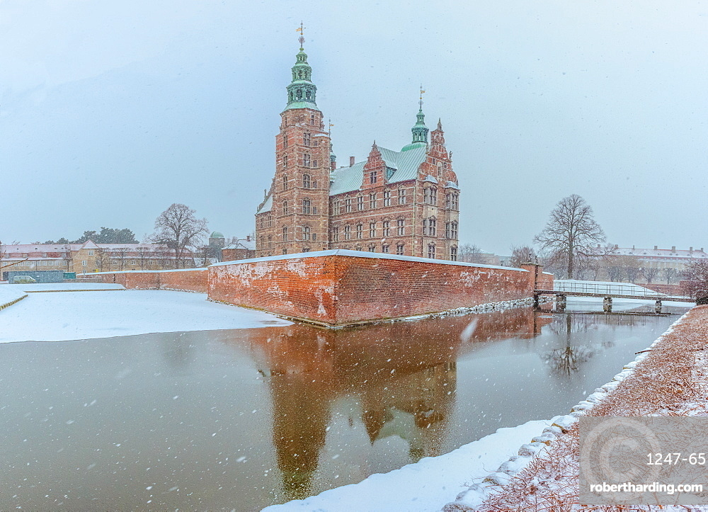 Rosenborg Slot in the snow, Copenhagen, Denmark, Scandinavia, Europe