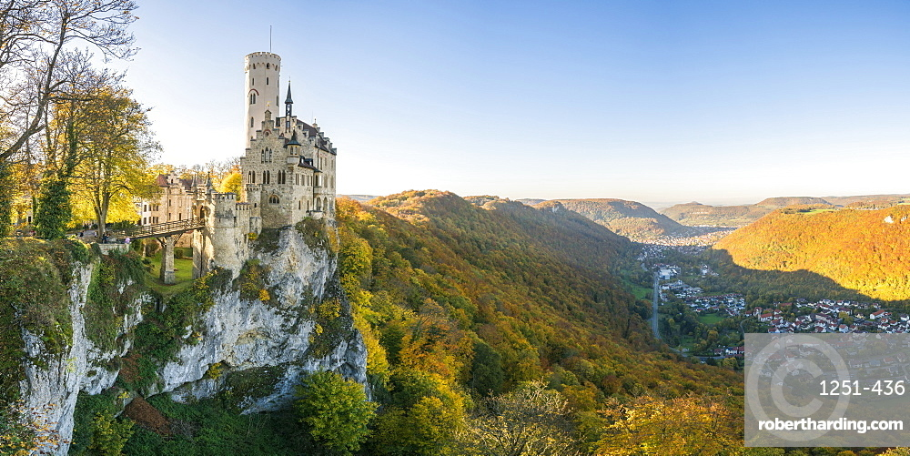 Lichtenstein castle in autumn, Lichtenstein, Baden-Wurttemberg, Germany, Europe