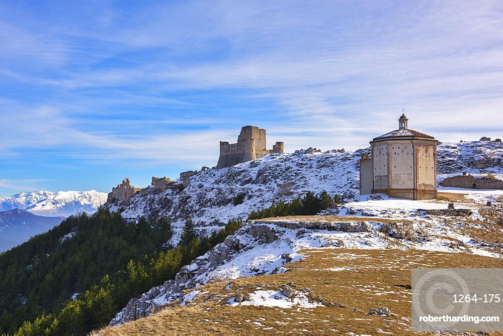 Rocca Calascio Castle and Santa Maria della Pieta Church, Gran Sasso e Monti della Laga National Park, Abruzzo, Italy, Europe