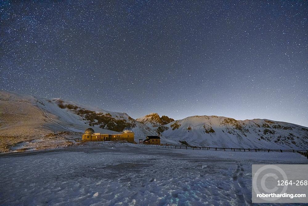 Gran Sasso and Monti della Laga Park, Campo Imperatore by night in winter, Abruzzo, Italy, Europe