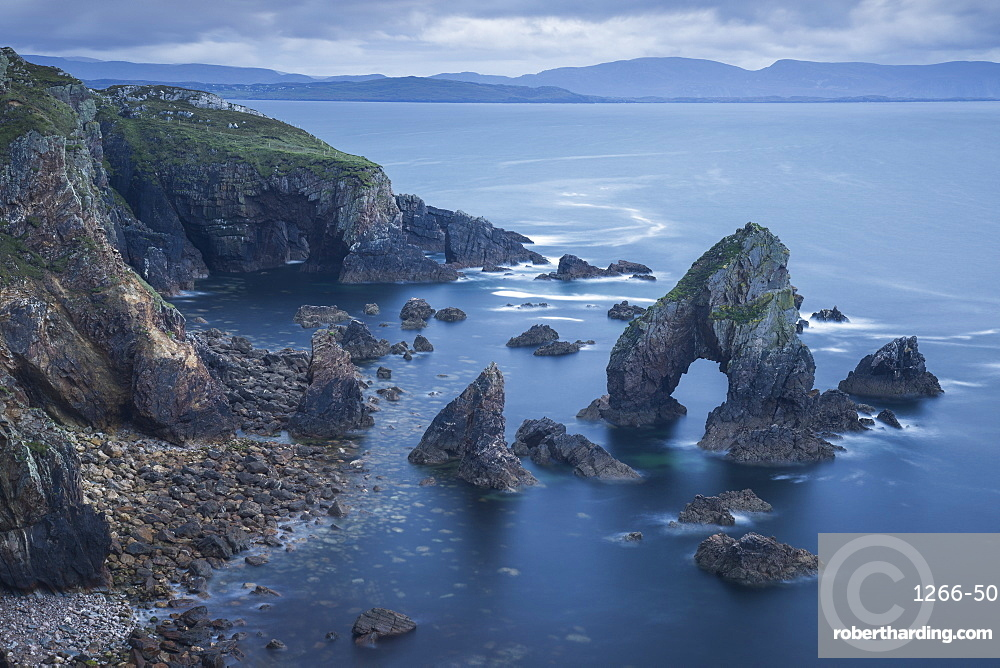 The Crohy Head Sea Arch, forming part of the Wild Atlantic Way, County Donegal, Ulster, Republic of Ireland, Europe