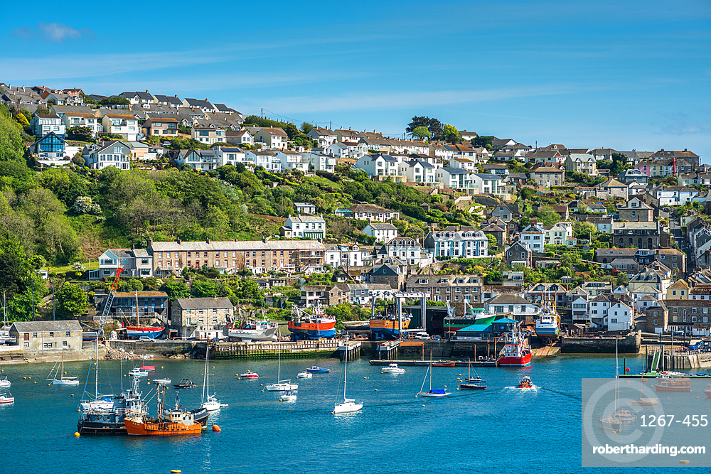 The small coastal town of Fowey with hillside houses. Cornwall, UK.