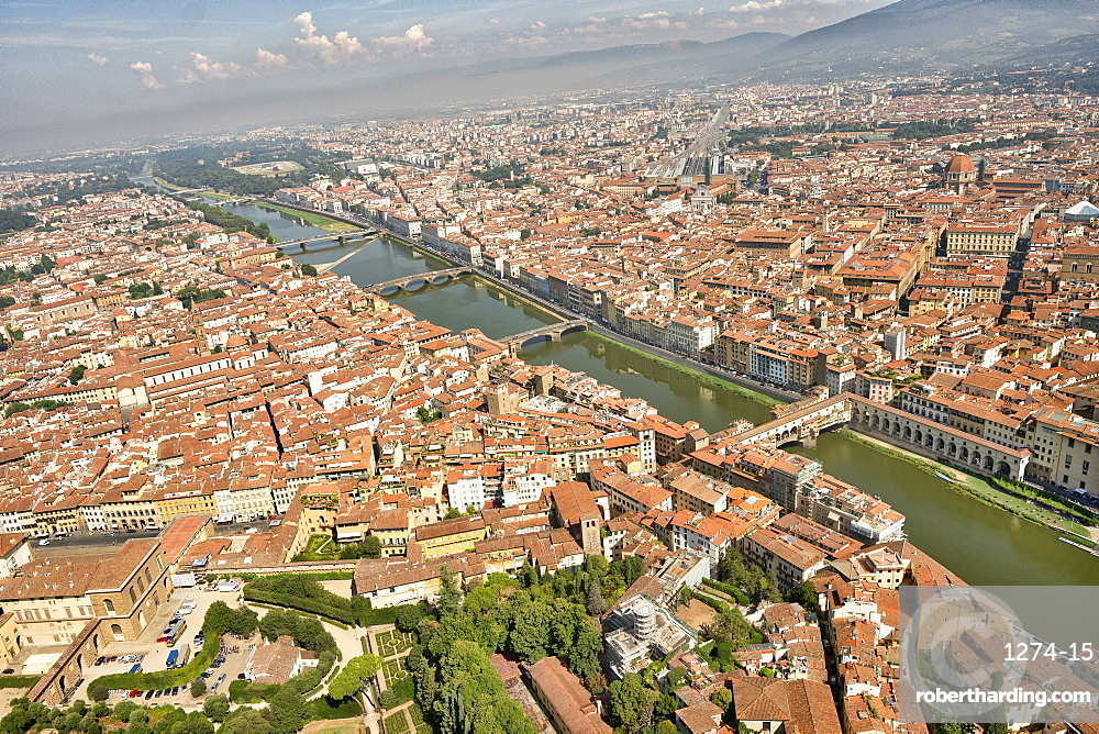 Aerial view of Florence with in the foreground Ponte Vecchio, Palazzo Vecchio and Cattedrale di Santa Maria del Fiore, Florence, Tuscany, Italy, Europe