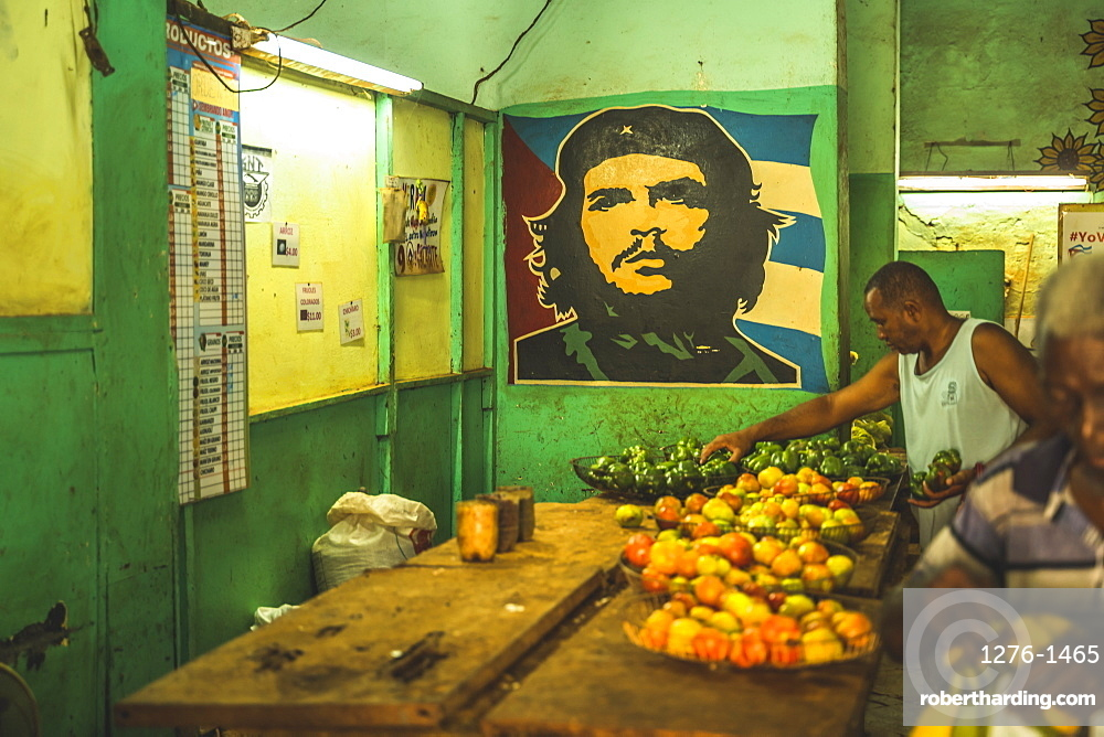 A local market with Che mural in La Habana, Havana, Cuba, West Indies, Caribbean, Central America
