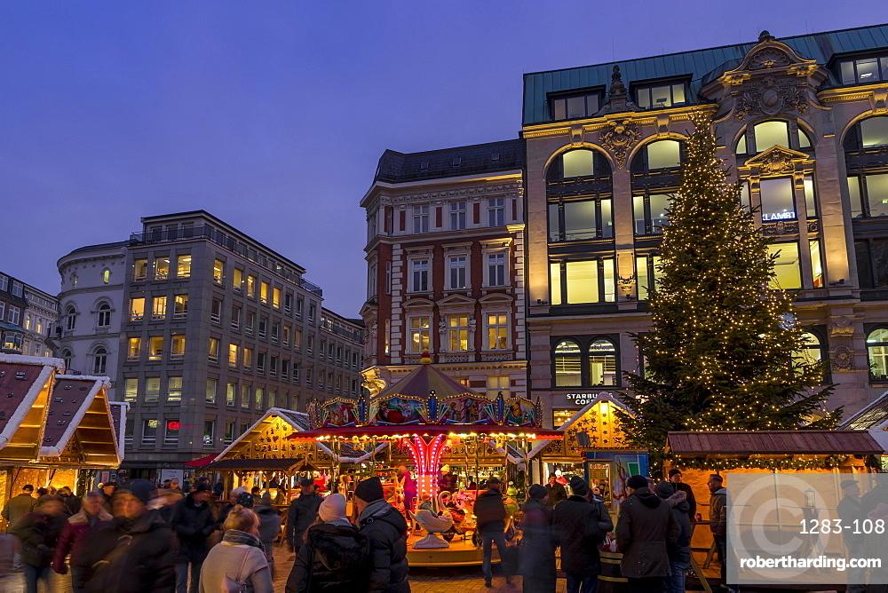 Christmas market at Gaensemarkt square at dusk, Hamburg, Germany, Europe