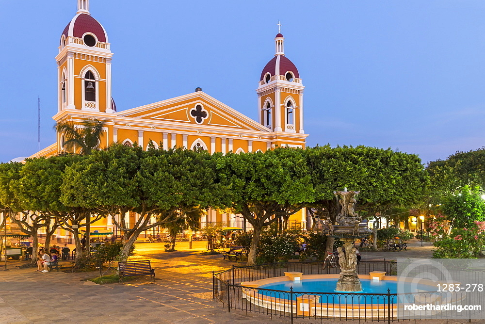 The main square and the Cathedral of Granada at dusk, Granada, Nicaragua, Central America