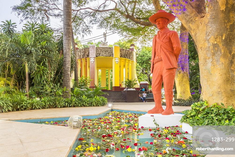 Sandino Statue at the main square of Managua, Nicaragua, Central America