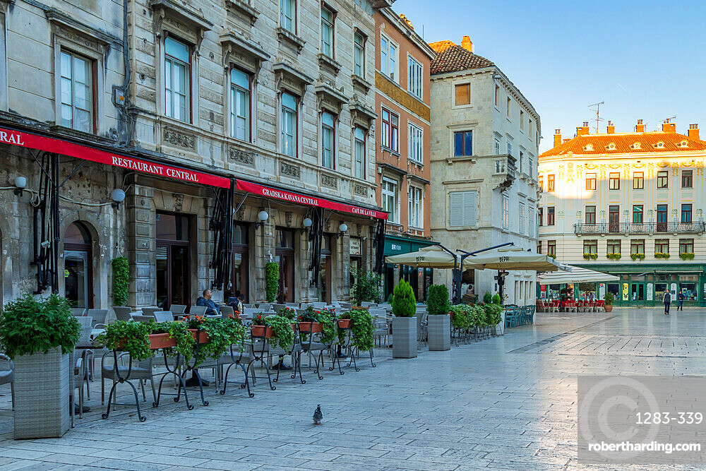 The Narodni Square in the old town of Split at first sunlight, Split, Croatia, Europe