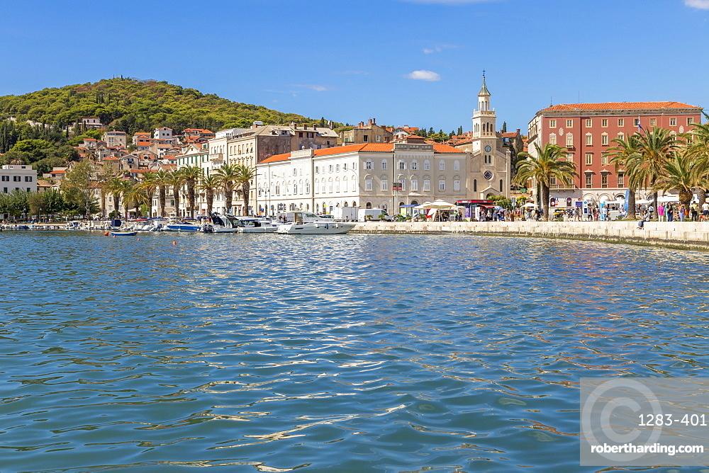 The seaside promenade (Riva) and Marjan Hill, Split, Croatia, Europe