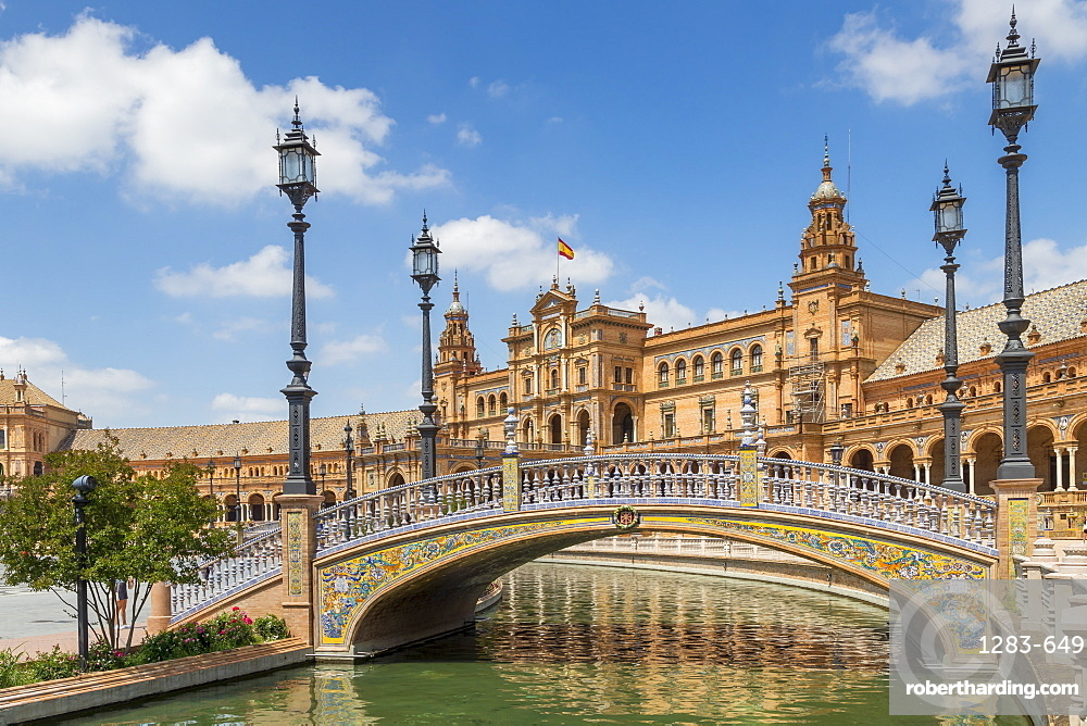 Pedestrian bridge and main building at Plaza de Espana, Seville, Andalusia, Spain, Europe